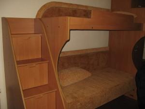 Компактная стенка двухярусная кровать-диван
