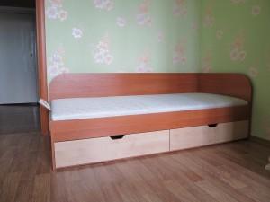 Односпальная кровать с выдвижными шухлядами под заказ г. Белая Церковь