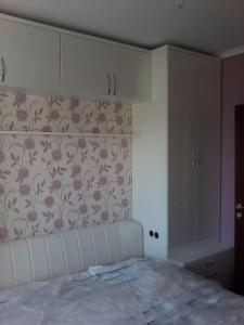 Белая мебель для спальной под заказ